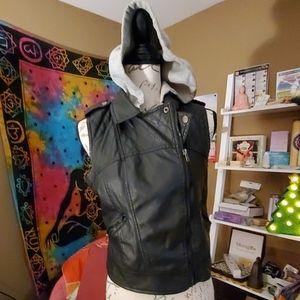 Womens sz. Med,black vest , new look excel.cond.